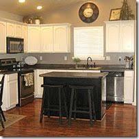 How Paint Kitchen Cabinets 10 Best Oak Cabinets Images On Pinterest Kitchen Ideas Oak