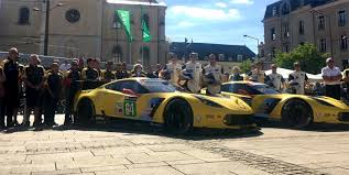 race to win corvette corvette racing at le mans all systems go in fight for ninth