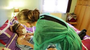 chambre à cathéter implantable utilisation à domicile d un cathéter à chambre implantable cci