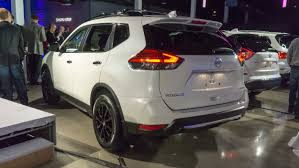 nissan rogue 2017 white 2017 chicago auto show nissan u0027s midnight editions autonxt