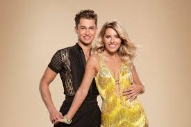 Hit The Floor How Many Seasons - what time is strictly come dancing 2017 on and how long is the