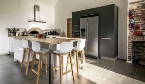 cuisine avec ilot table cuisine scandinave avec îlot modèle harmonie