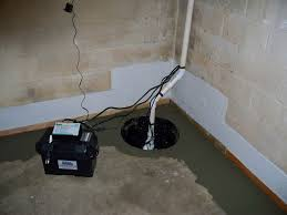 Basement Water Pump by Flooded Basement Water In Basement Cleanup Service
