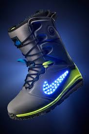 light up snowboard boots ok these are kinda fly nike snowboarding lunarendor qs snowboard