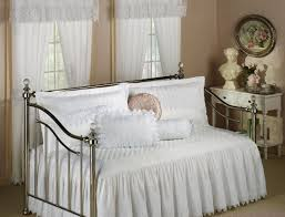 daybed queen size daybed beautiful what size is a daybed