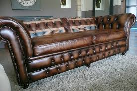 canapé chesterfield cuir vieilli chesterfield union atelier ka