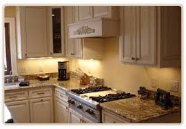 custom kitchen cabinets made to order plank road cabinetry waukesha custom cabinetry kitchen