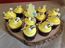 bumble bee cupcakes custom baby shower bumble bee cupcakes to match winnie the pooh