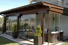 porches acristalados las ventajas y posibilidades de acristalar los espacios exteriores