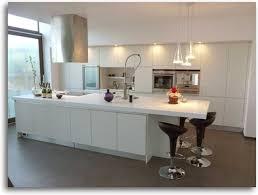 modele cuisine avec ilot decoration cuisine design cuisine modern hair salon furniture