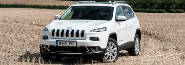 jeep cherokee trailhawk white new 2 2 litre diesel engine for jeep cherokee carwow