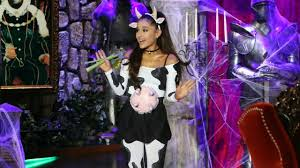grande costume grande dressed up as a cow for and she still