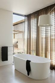 232 best australian decor design images on pinterest curvaceous mansion in melbourne reflecting a relaxed lifestyle by rachcoff vella architecture