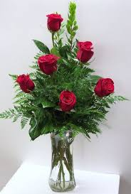 how much does a dozen roses cost best 25 dozen roses ideas on dozen of roses