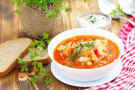 cuisine traditionnelle russe cuisine nationale russe traditionnelle légumes ukrainienne bortsch