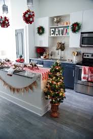 Home Depot Christmas Decoration by Small Space Holiday Decorating Ideas