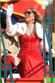 charlotte thanksgiving parade mariah carey hits thanksgiving day parade sings u0027all i want for