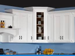 raising kitchen base cabinets how to stagger kitchen cabinets rta wood cabinets rta