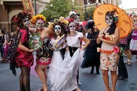 Dia De Los Muertos Costumes A Soul Moving Austin Event Dia De Los Muertos Sir Austin Movers