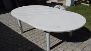 Round Plastic Patio Tables by Green Plastic Garden Table And Chairs White Plastic Patio Round