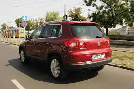 volkswagen tiguan 2016 red volkswagen tiguan estate review 2008 2016 parkers