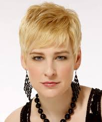 small hair casual hairstyle light golden hair color