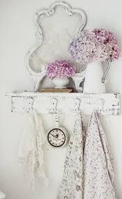 Shabby Chic Shower Curtain Hooks by 26 Adorable Shabby Chic Bathroom Décor Ideas Shelterness