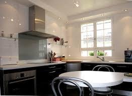 spot plafond cuisine photo de cuisine ouverte get green design de maison