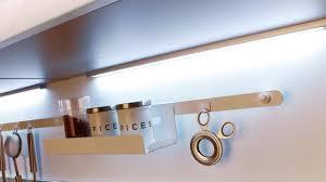 re led cuisine eclairage neon led cuisine on decoration d interieur moderne lb437