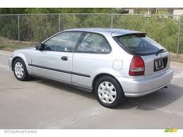99 honda civic dx hatchback vogue silver metallic 1999 honda civic dx hatchback exterior photo