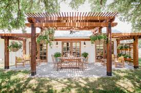 fixer upper meaning the fixer upper dictionary hgtv s fixer upper with chip and joanna