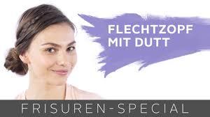 Frisuren Mittellange Haare Dutt by Dirndl Frisur Flechtzopf Mit Dutt Für Mittellange Haare Two For