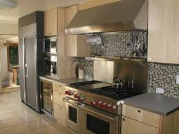 Backsplash For Kitchen Walls Kitchen Wall Tile Beautiful Kitchen Boasts White Shaker Cabinets