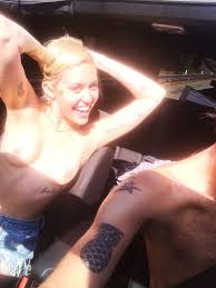 sexy nude miley cyrus miley cyrus u0027 leaked nudes