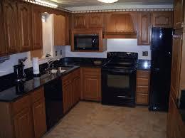 Black Kitchen Countertops by Best 10 Black Granite Kitchen Ideas On Pinterest Dark Kitchen