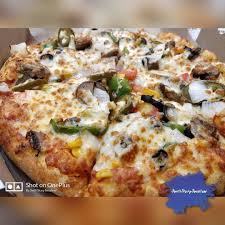 domino pizza hand tossed domino s pizza never ending love for pizza in love pizza sad