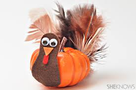 13 thanksgiving turkey crafts for to spice up your fall decor