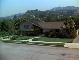 where is the brady bunch house secrets behind this beloved home