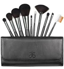 i need my furless cosmetics black beauty brush set review