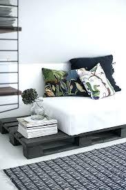 canapé lit palette canape lit palette canape lit palette un canapac en palettes avec