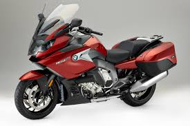 red bmw 2017 2017 bmw k 1600 gt first look 9 fast facts