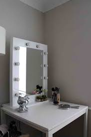 Lighted Makeup Vanity Table Makeup Table With Mirror And Lights Descargas Mundiales Com