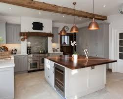 cuisine travertin charmant credence pour cuisine grise 8 cuisine avec un sol en