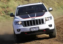 jeep cherokee back jeep cherokee trailhawk photos u2014 ameliequeen style