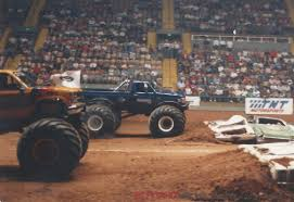 monster trucks racing in mud bangshift com monster truck action