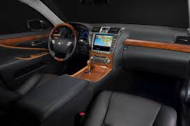 gallery of toyota lexus lexus wants to target younger buyers with new 2011 ls 460 touring