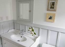 bungalow bathroom ideas best 25 bungalow bathroom ideas on loft small