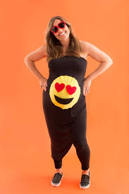 Maternity Halloween Shirt by 10 Diy Maternity Halloween Costume Ideas For Pregnant Women