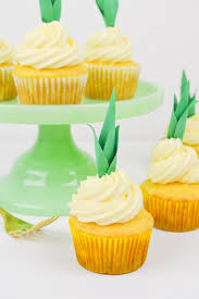cupcake toppers pineapple cupcake recipe diy pineapple cupcake toppers club