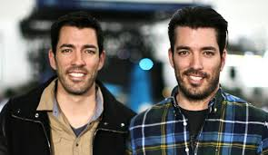hgtv property brothers hgtv s property brothers star drew scott gets engaged to